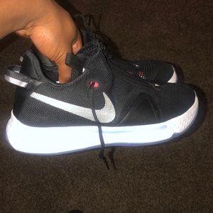 Nike Paul George's